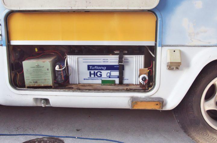 サブバッテリーをHITACHI 130F51に交換 5時間率容量96Ahで最大容量のタイプ