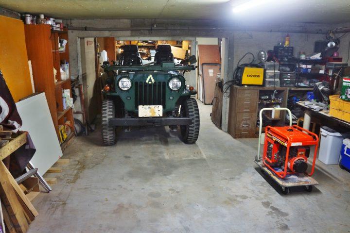 片付いた車庫にH-J58を入れます 一度全体の模様替えをしなくては