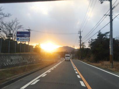 黒瀬から帰るころは雲の切れ目から夕陽