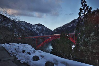長崎温泉への工事中の橋