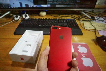 iPhone 7 (PRODUCT)RED™ Special Edition 5.5インチディスプレイ